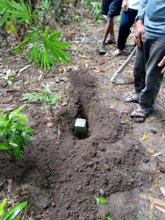 Pemasangan Pathok Tanah di Mangir Tengah