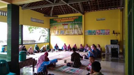 Belajar Bersama Kelompok Wanita Tani Tri Manunggal