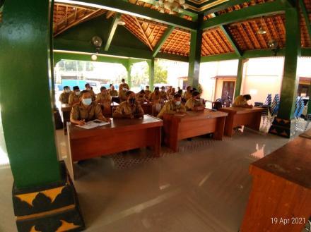 Rapat Koordinasi Rutin Pemerintah Kalurahan Sendangsari Bulan April