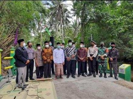 Anggota DPR RI H.Sukamto Tinjau Acara Peresmian Jembatan